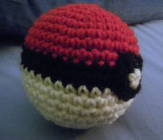 Pokeball by KCCrochet
