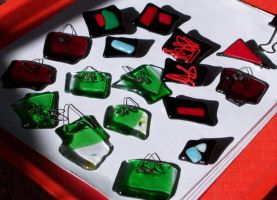glass pins and pendents by zincks