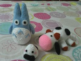 Totoro, a cow and an onigiri by NVkatherine