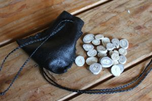 New antler rune and ogam sets available now! by lupagreenwolf