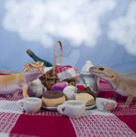 Gecko Picnic - 3 by creative1978