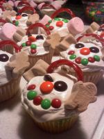 snowman cupcakes by chelsea2435