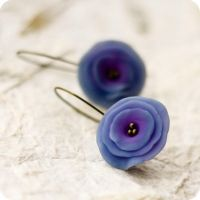 Night Flowers earrings by BeautySpotCrafts
