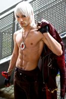 Dante Cosplay - Alternative Shirtless Version by LeonChiroCosplayArt