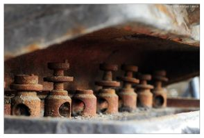 Rusty Chess Set by lennuk