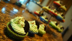 Spearmint Oreo Cupcakes(: by Sydney0007