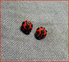 Ladybugs earring by CookingMaru