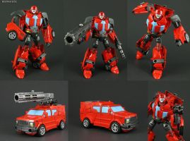 Custom Transformers Generations Ironhide figure by Jin-Saotome