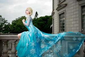 Queen Elsa - Frozen by UchihaSayaka