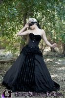Dark Enchantment - Ballgown With Mask by DaisyViktoria