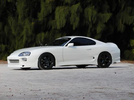 Supra on the Beach by fizzion