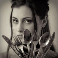 Flatware defence by Daywish