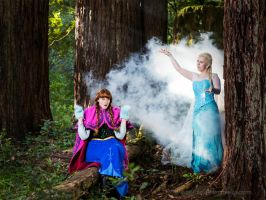 Elsa and Anna: Knees Together, Freeze Together! by RoxannaMeta