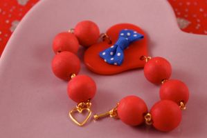 Chunky Red Heart Bracelet by PeppermintPuff
