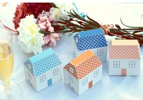 How-Tuesday: Little Papercraft House tutorial by perfectnoseclub