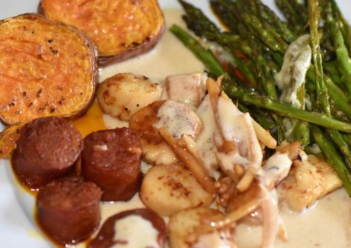 Scallops with Chorizo in pernod cream sauce. by Real-Neil
