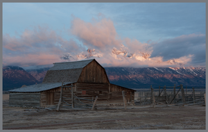 The Old Moulton Barn by Pinedrop