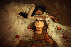 Snow White sleep well by LilifIlane