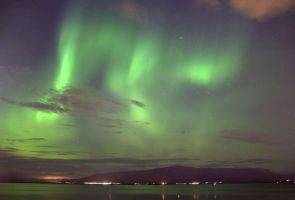 Northern Lights over Mount Esja by Lilleninja