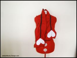 Queen of Hearts Scarf by morbid-stitches