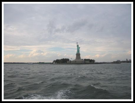 The Statue Of Liberty by pikab2001