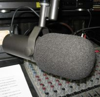SHURE SM7 MICROPHONE by uncledave