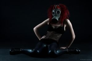 Gasmask photosession 4 by Sierau