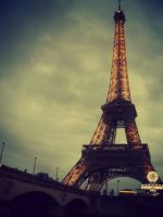 Eiffel Tower by LucaHennig