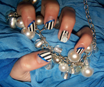 Nail Art: Black and White Stripes by FrostingQueenie