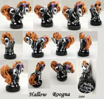 Hallow petite by Roogna