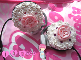 Cute Earphones by Kuliii