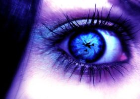 A photomanipulated eye by n-a-d