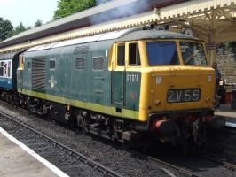 D7076 at Bury Bolton Street (05/07/2013) by DaveOnTheRails