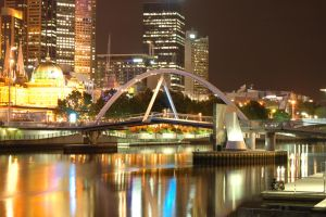 Yarra at night by mak99