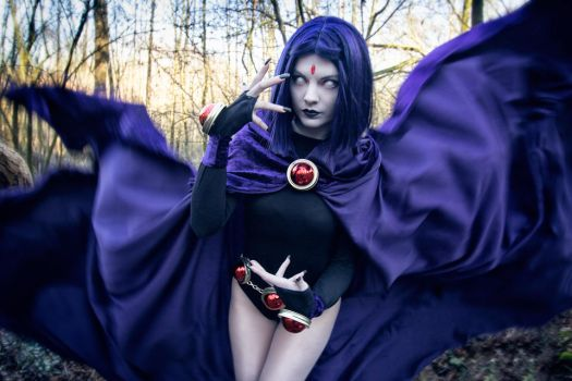 My mind is never troubled [Raven Teen Titans] by FaerieBlossom