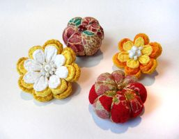 Inspired by kanzashi II by Liliana-Claire