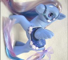 DreamDrifter Custom MLP by mintconspiracy
