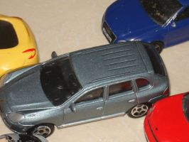 Porsche Cayenne from Realtoy is stuck by Wael-sa