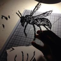 bee stencil by able03