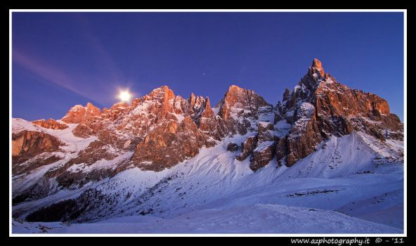 Luna sopra le Pale 2 - Moon over Dolomites 2 by zaffonato