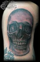 Skull on knee by state-of-art-tattoo