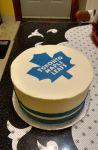 Toronto Maple Leafs cake by estranged-illusions