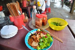 Hoi An Noodles by drewhoshkiw