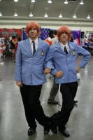 Twins at Otakon by NitsukuCosplay