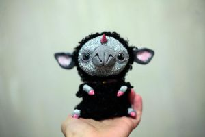Black Unicorn Sheep by da-bu-di-bu-da