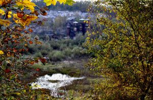 Autumn in the quarry by Kementarii