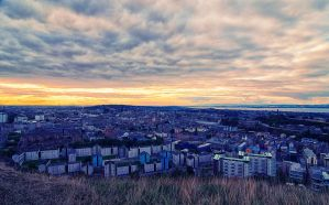 Edinburgh in Sunset by kate-art