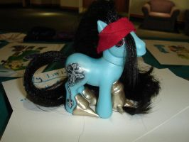 Vincent Valentine Pony Custom by AnimeAmy