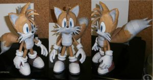 Tails Papercraft by Esteban1988