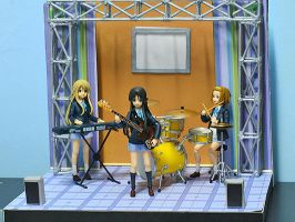 Live Stage Diorama by OvermanXAN